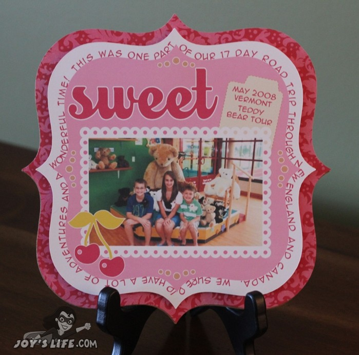 Easy Scrapbook Layout for Display!