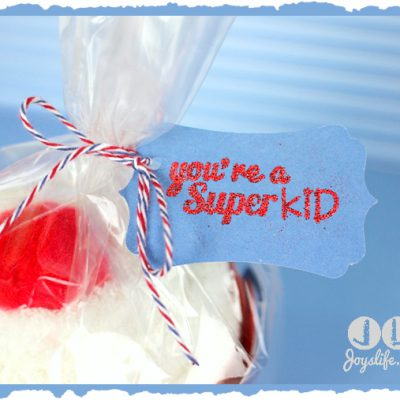 52 – Episode 7: How to Make Cupcake Wrapper Sock Gifts