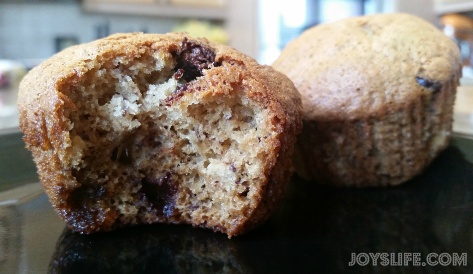 Banana-Chocolate Chip Muffins #muffins