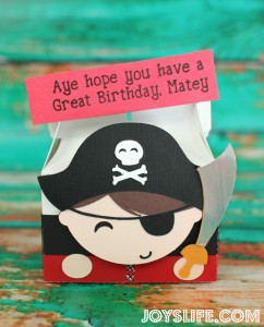 Cute Pirate Box Perfect for Pirate Themed Parties #SilhouetteCameo #JoysLifeStamps #crafts #pirate #party