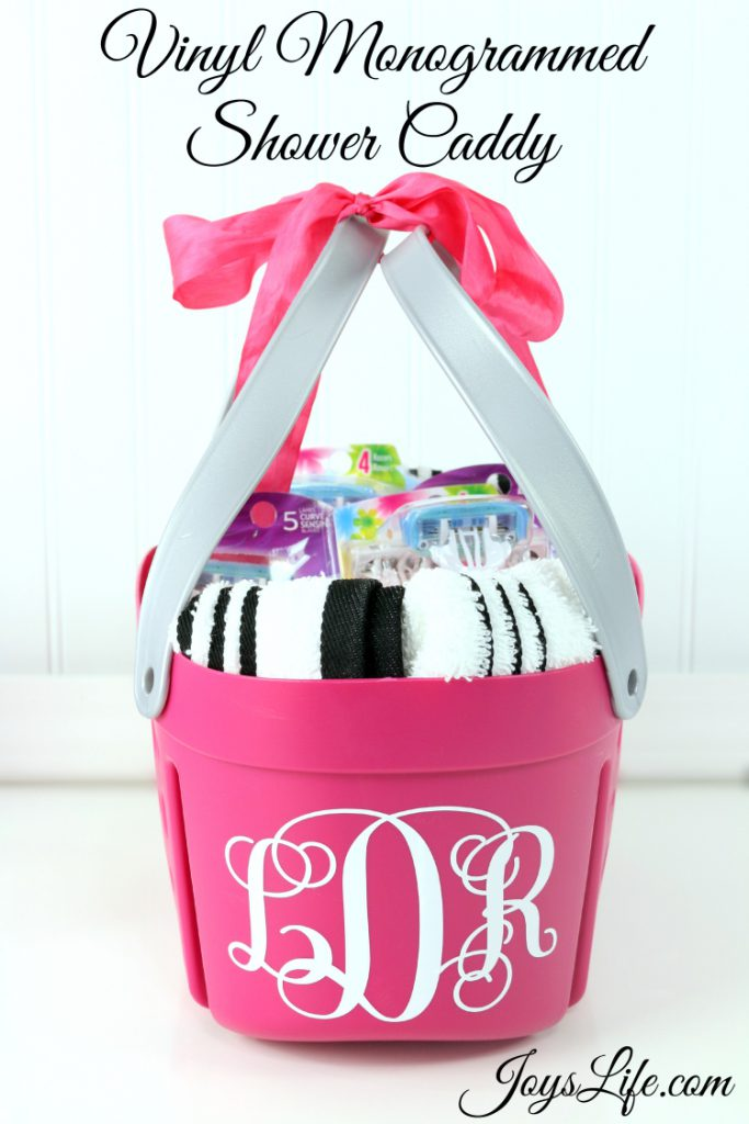 How to Make a Vinyl Monogrammed Shower Caddy