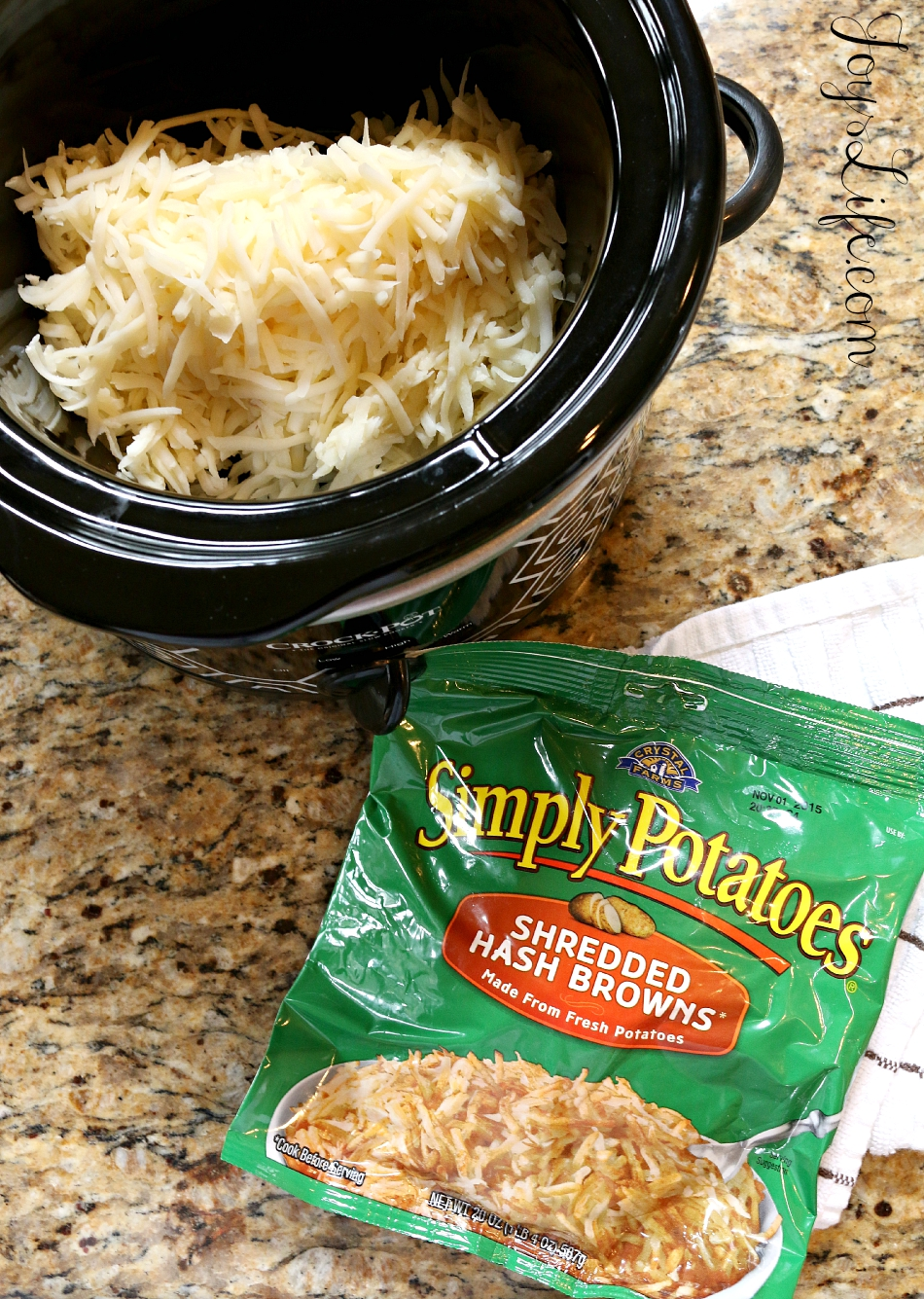 Slow Cooker Cheesy Ham Hash Brown Casserole #SimplyPotatoes