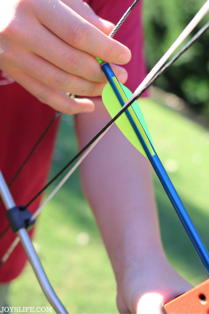 Give the Gift of Archery with a Genesis Bow & a Giveaway #ad #GenesisBows #giveaway