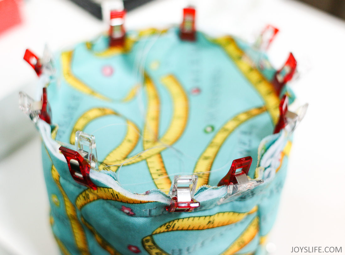 Wonder Clips to clip the fabric circle onto the Pop Up Bucket body