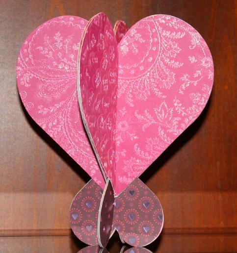 Cricut Love Struck 3D Heart and Heart Stand