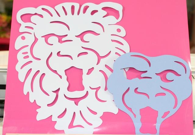 Detroit Lions Mask – Football Friday