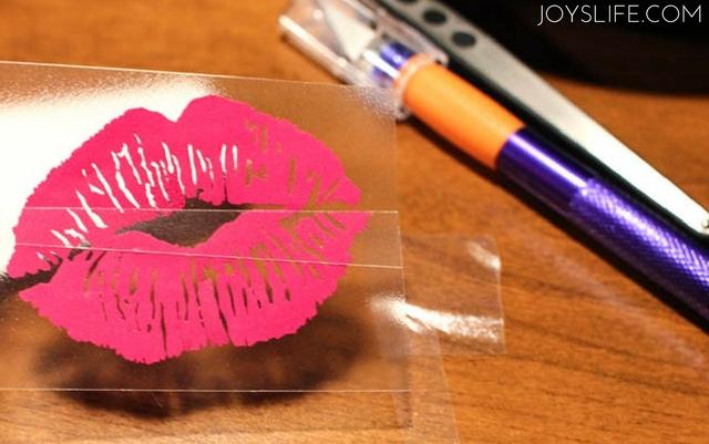 vinyl kissy lips transfer tape