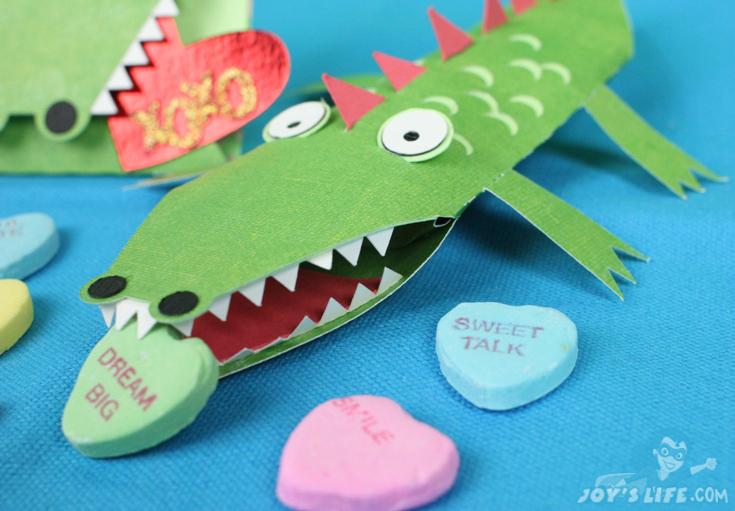 Crocodile Smile Pillow box & Card – Animal Blog Hop