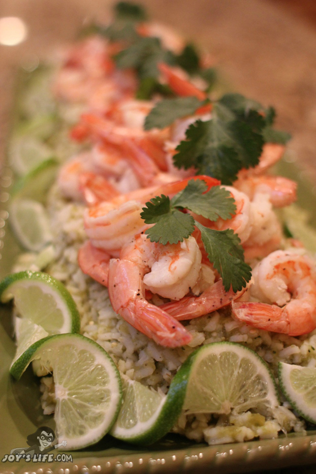 Shrimp with Green Chile Rice #LOVEEVERYMINUTE at www.joyslife.com