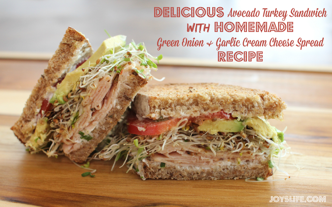 Delicious Avocado Turkey Sandwich with Homemade Green Onion & Garlic Cream Cheese Spread Recipe #spon #DeliFreshBOLD #recipe