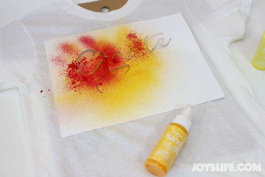 Create: A Simple Tie Dye T-Shirt with SEI Tumble Dye #tiedye #sei #tumbledye #diy #tshirt