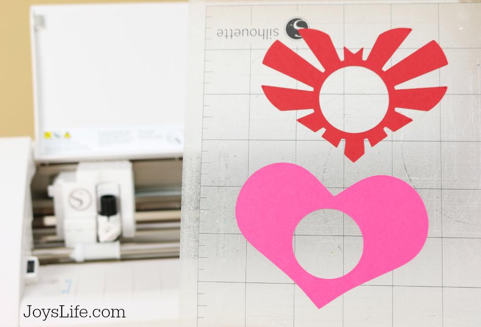 Lip Balm Valentine with Silhouette Cameo #SilhouetteCameo #Xyron #Valentine