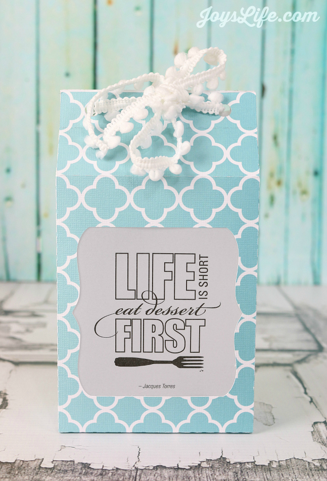 """Eat Dessert First"" Treat Bag #SilhouetteCameo #Coredinations #giftbag"