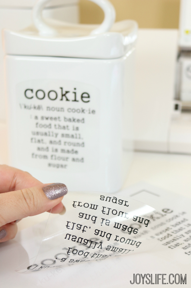 How to Personalize a Cookie Jar with the Silhouette Cameo #TruMoo #SilhouetteCameo #Cookie #Recipe