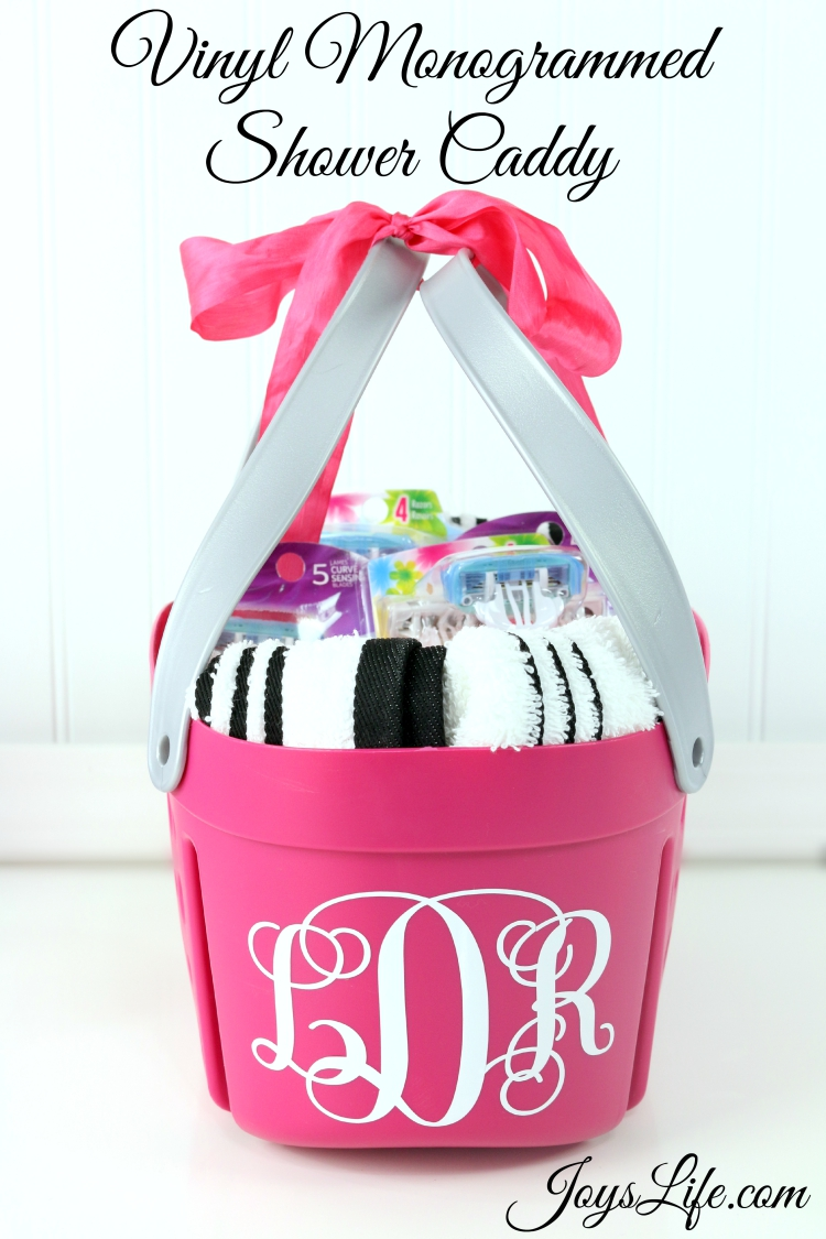 How to Make a Vinyl Monogrammed Shower Caddy #SchickSummerSelfie ad