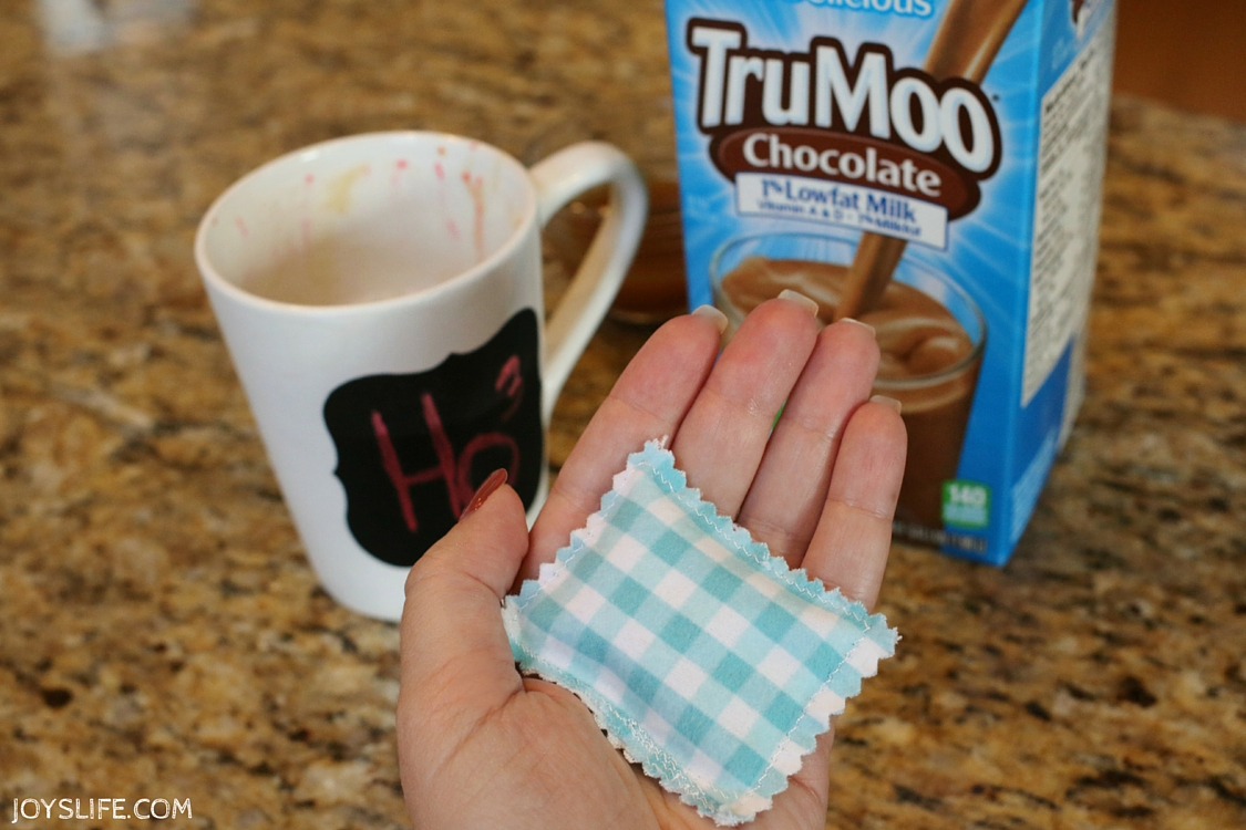 TruMoo Caramel Hot Chocolate & How to Make Hand Warmers