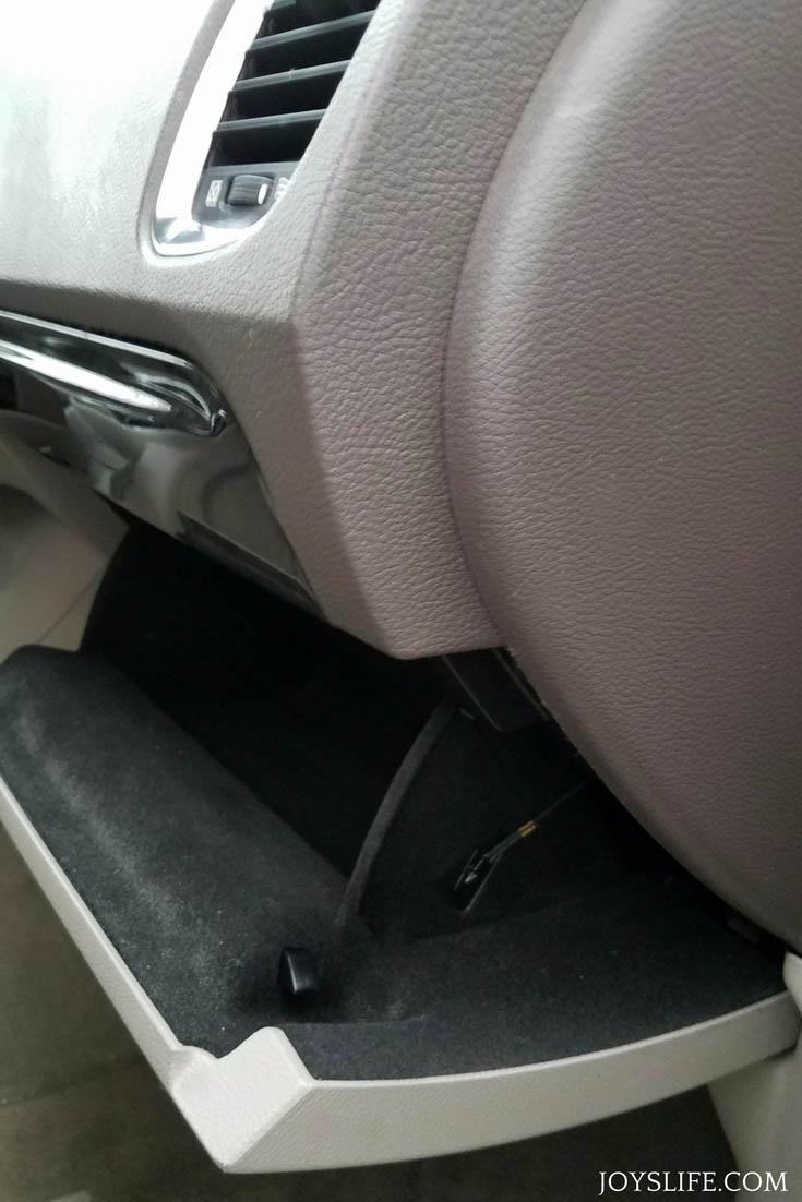 fram glove compartment open