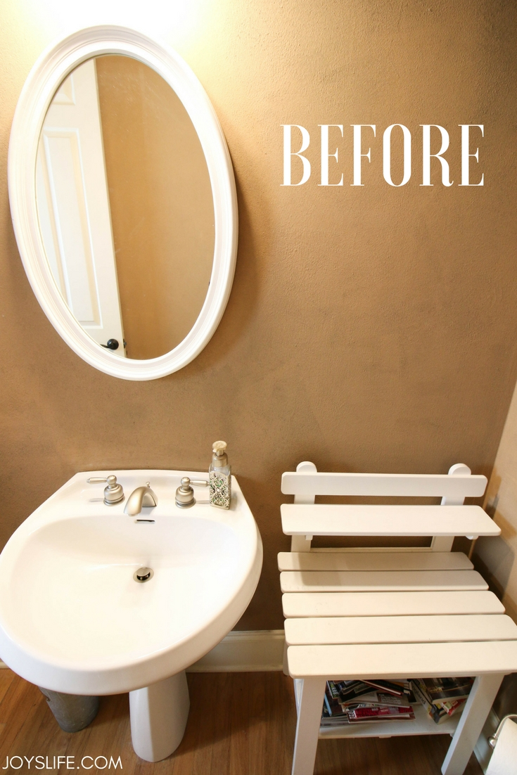 My bathroom before a quick farmhouse fabulous makeover.