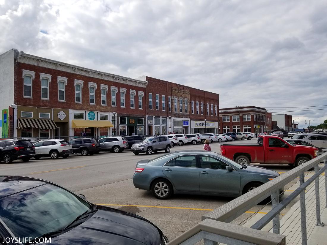 Hamilton Missouri Parking