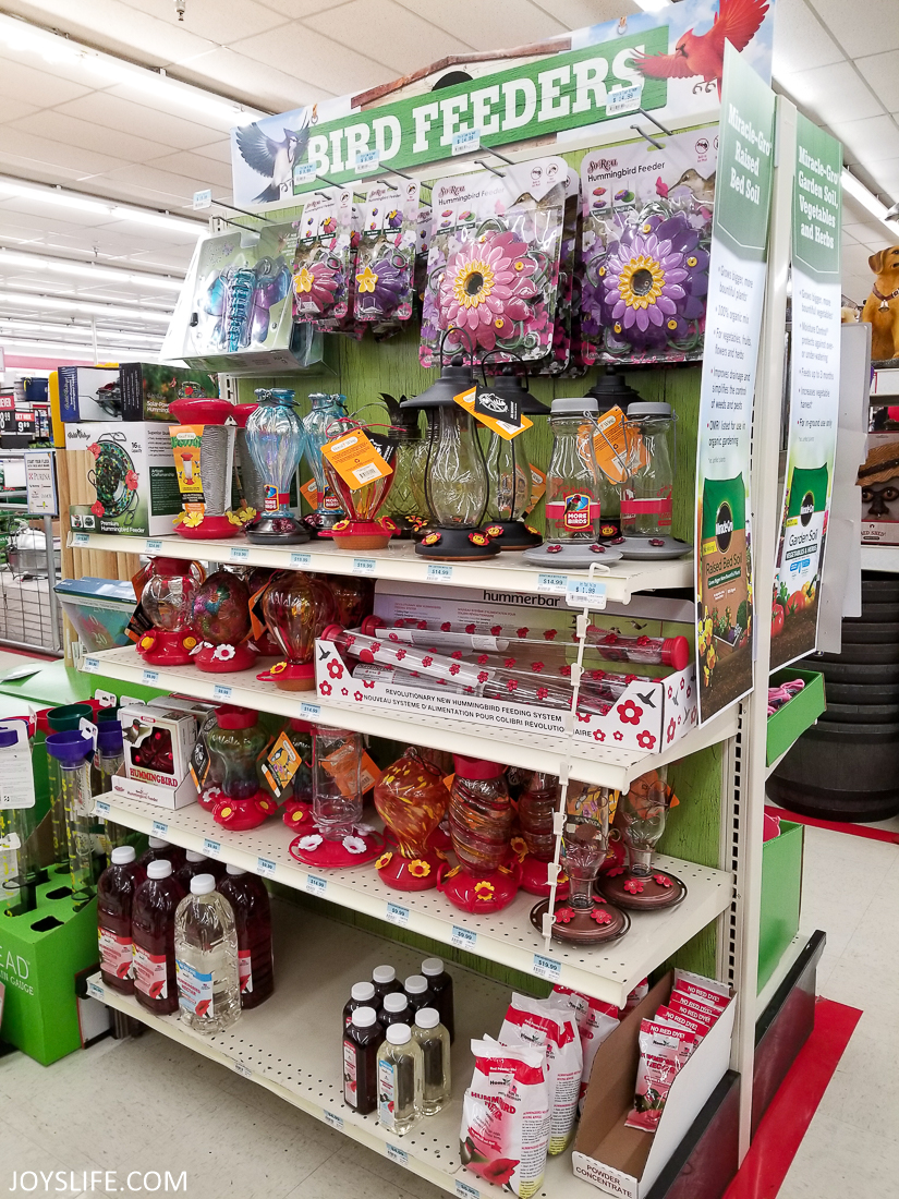 bird feeders at tractor supply