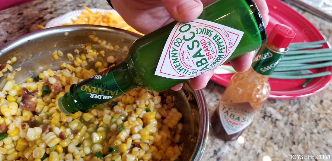 Tabasco Green pepper sauce pouring